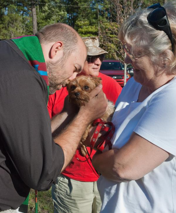 blessing-of-the-animals-2010-024_600x724.jpg